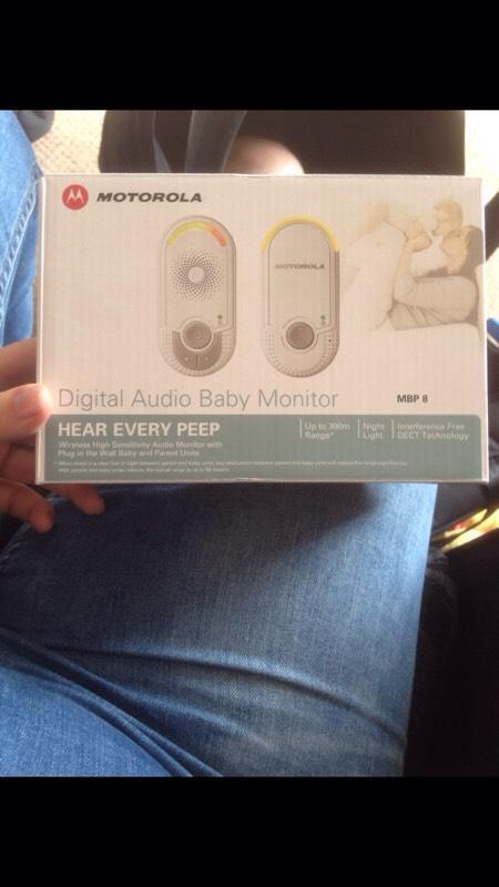 motorola digital audio baby monitors united kingdom gumtree. Black Bedroom Furniture Sets. Home Design Ideas