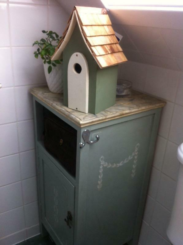 Shabby chic painted floor standing bathroom cabinet sage for Bathroom cabinets gumtree