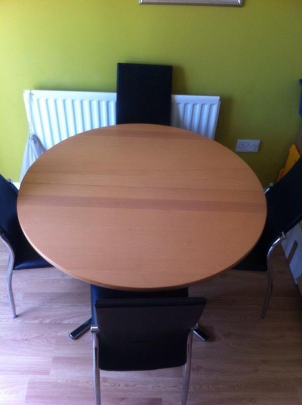 john lewis light wood oval dining table united kingdom gumtree. Black Bedroom Furniture Sets. Home Design Ideas