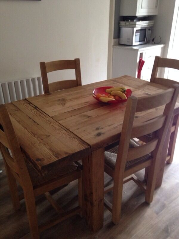 Bespoke dining table united kingdom gumtree for Dining room tables on gumtree