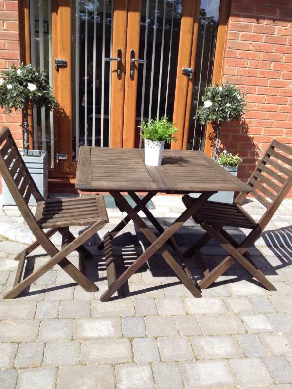 Patio set bistro set garden furniture table and for Outdoor furniture gumtree