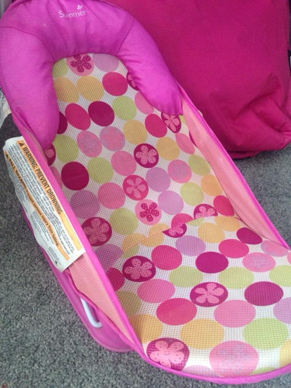 baby bath chair United Kingdom Gumtree : 86 from www.gumtree.com size 600 x 800 jpeg 85kB