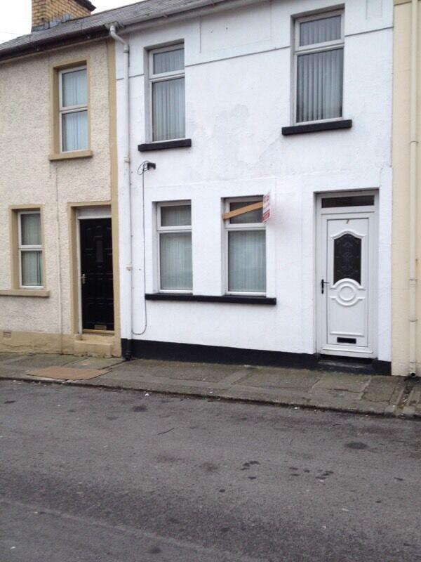 3 BEDROOM TERRACED IN DERRY CITY TO LET 125 PER WEEK United Kingdom Gumtree