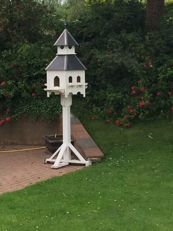 Handmade bird boxes for sale garden furniture united for Outdoor furniture gumtree