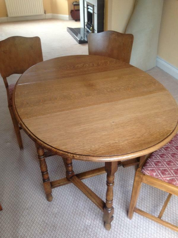 Vintage Oak drop leaf gate leg dining table with 4 chairs  : 86 from www.gumtree.com size 600 x 800 jpeg 62kB