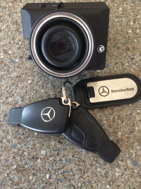how to change battery in mercedes key 2017
