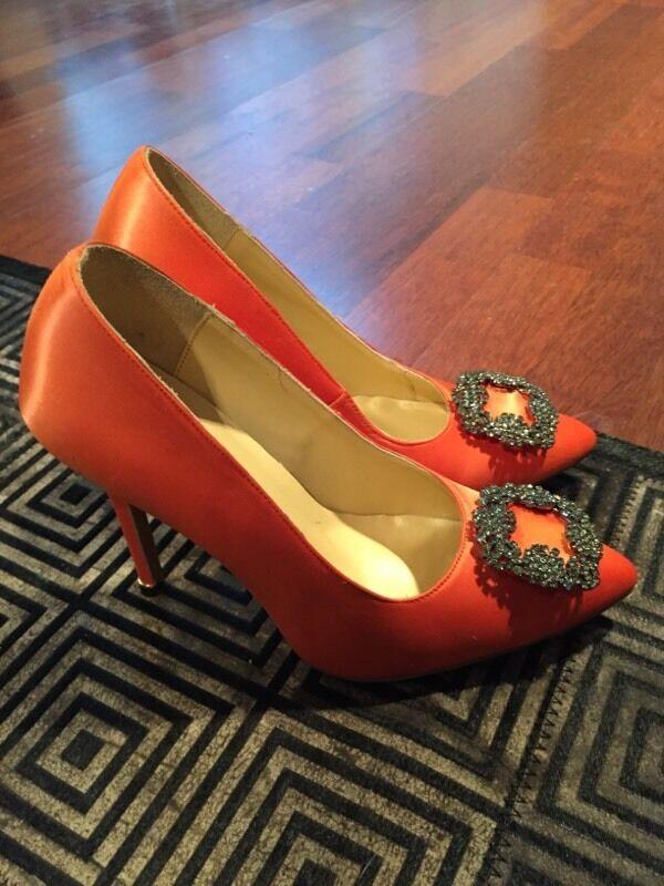 orange manolo blahnik shoes
