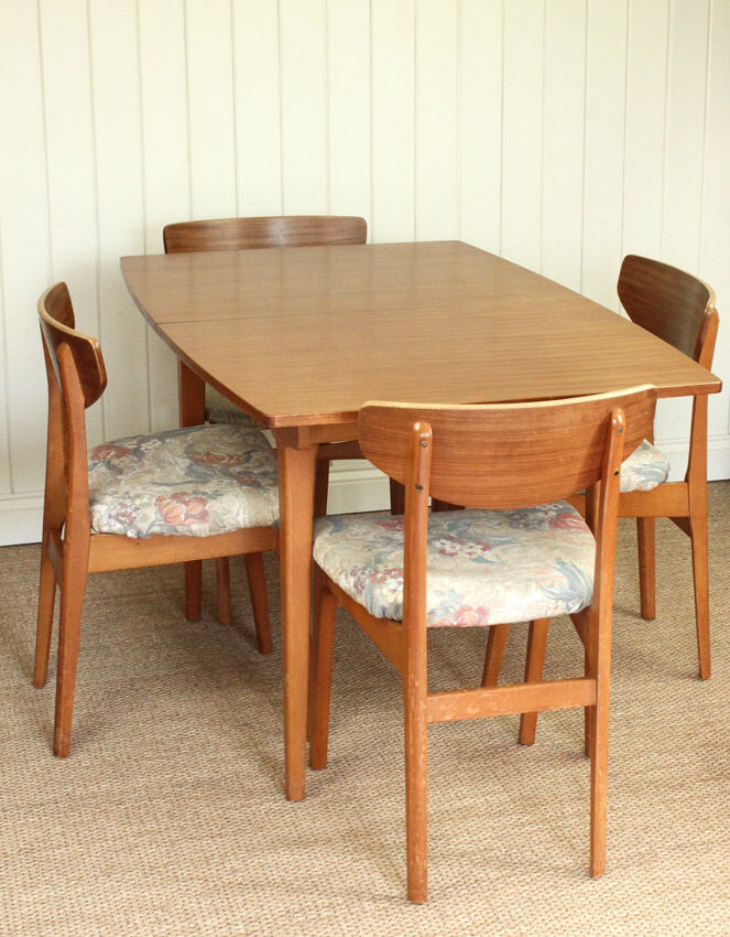 vintage retro extending dining table and 4 chairs united