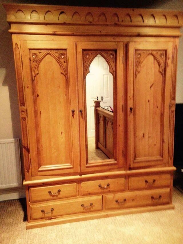 3 Piece Solid Oak Wood Bedroom Furniture Gothic Style