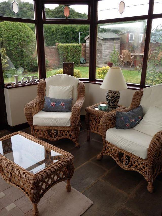 Wicker furniture set for sale united kingdom gumtree for Outdoor furniture gumtree