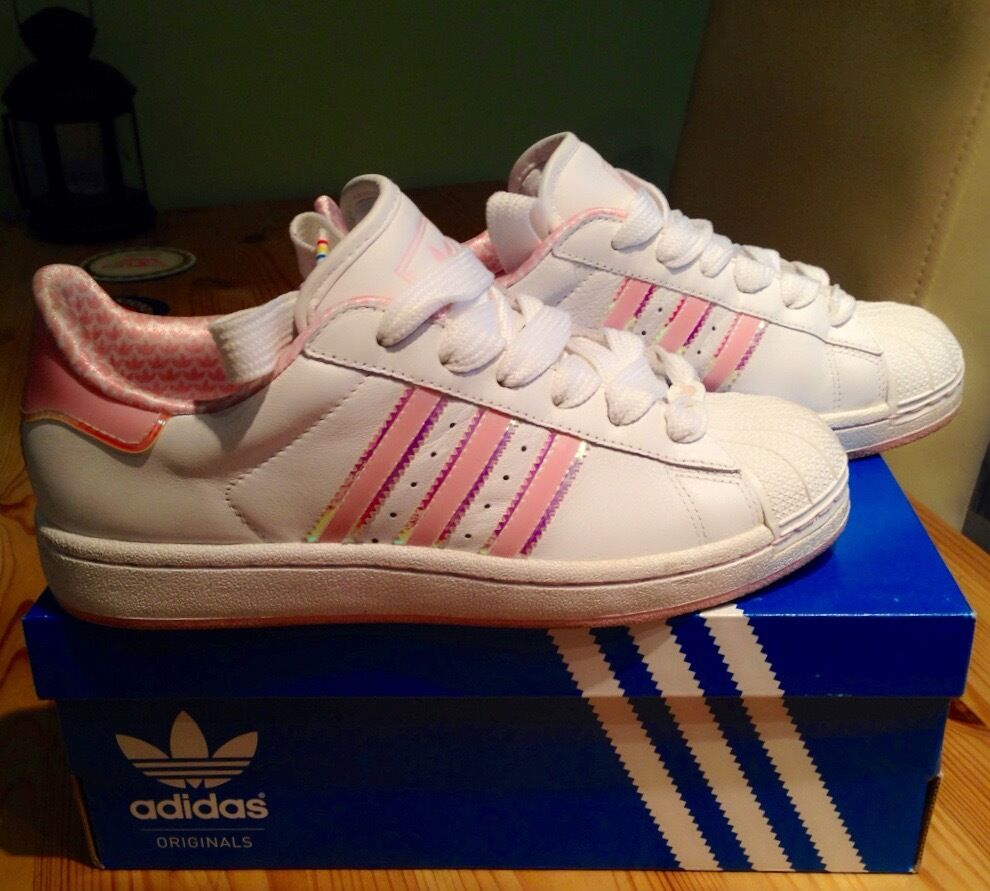 Size 5 Adidas Superstar Pink