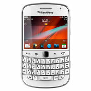 Blackberry Bold 9900  8 GB  White  Smartphone