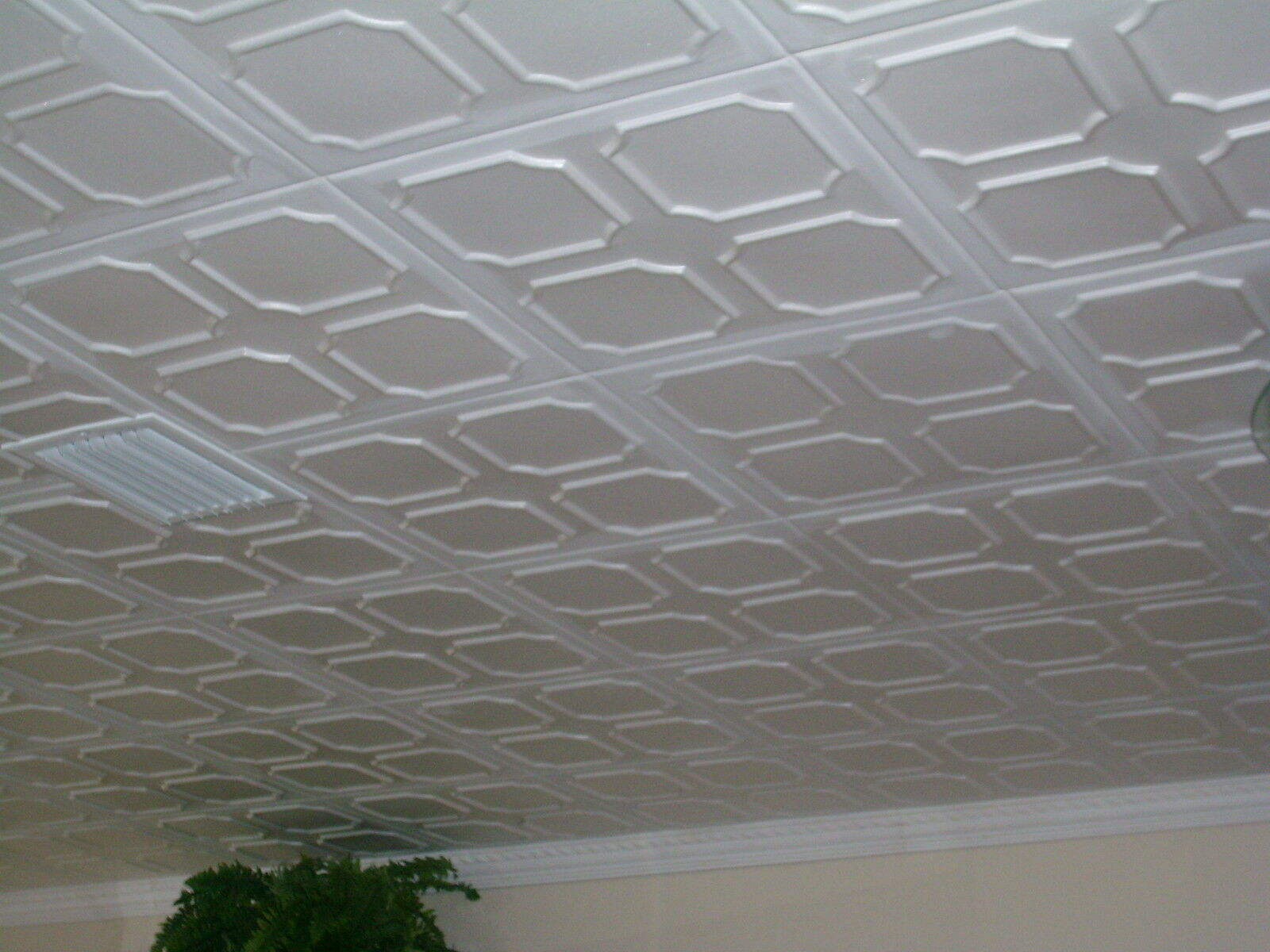 Tin look styrofoam ceiling tiles easy installation r1w white ebay picture 1 of 4 dailygadgetfo Gallery