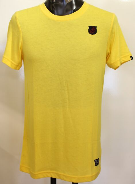 BARCELONA YELLOW SLIM FIT TEE SHIRT BY NIKE SIZE XL BRAND NEW WITH TAGS