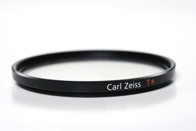 Carl Zeiss T* UV Filter 58mm 1856-322