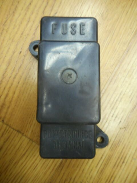 Suzuki 3674019C00 BOX ASSYFUSE 1987 VS1400 1988 GSX600 1993 – Intruder Fuse Box