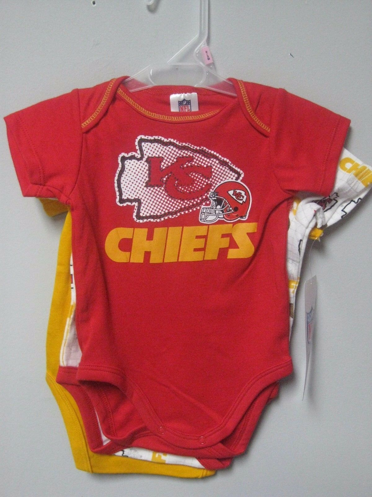 Gerber Boys 3 pc NFL Kansas City Chiefs Short Sleeve esies Set