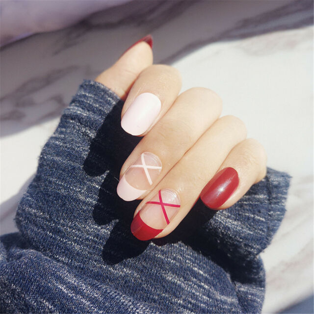 24pcs Red Pink Stripe Short Oval False Nails Nail Tips Nail Art Full ...