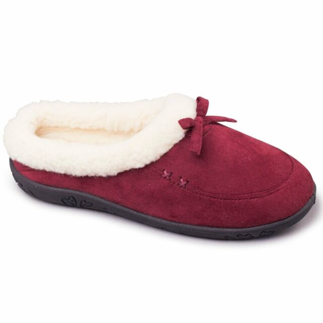 Burgundy microsuede ladies slipper