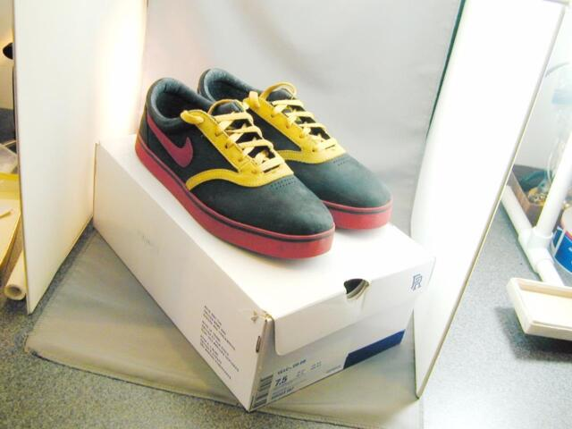 Nike Doernbecher Freestyle SB Vulc Rod Mens 7.5 Red Black Gold Shoes 506323