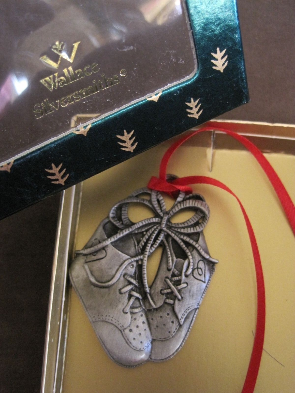Wallace Silversmiths Baby Shoes 1st Christmas Ornament Pewter