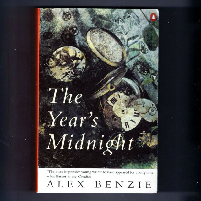 THE YEAR'S MIDNIGHT Alex Benzie. 1996 Penguin book. 572 pages. Paperback