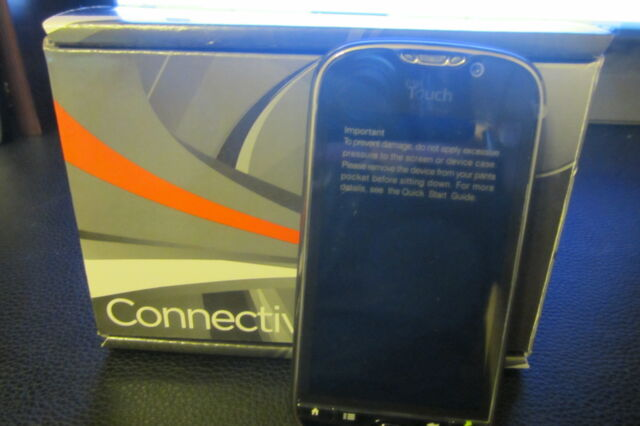 HTC MyTouch 4G - black (Unlocked) Smartphone as part