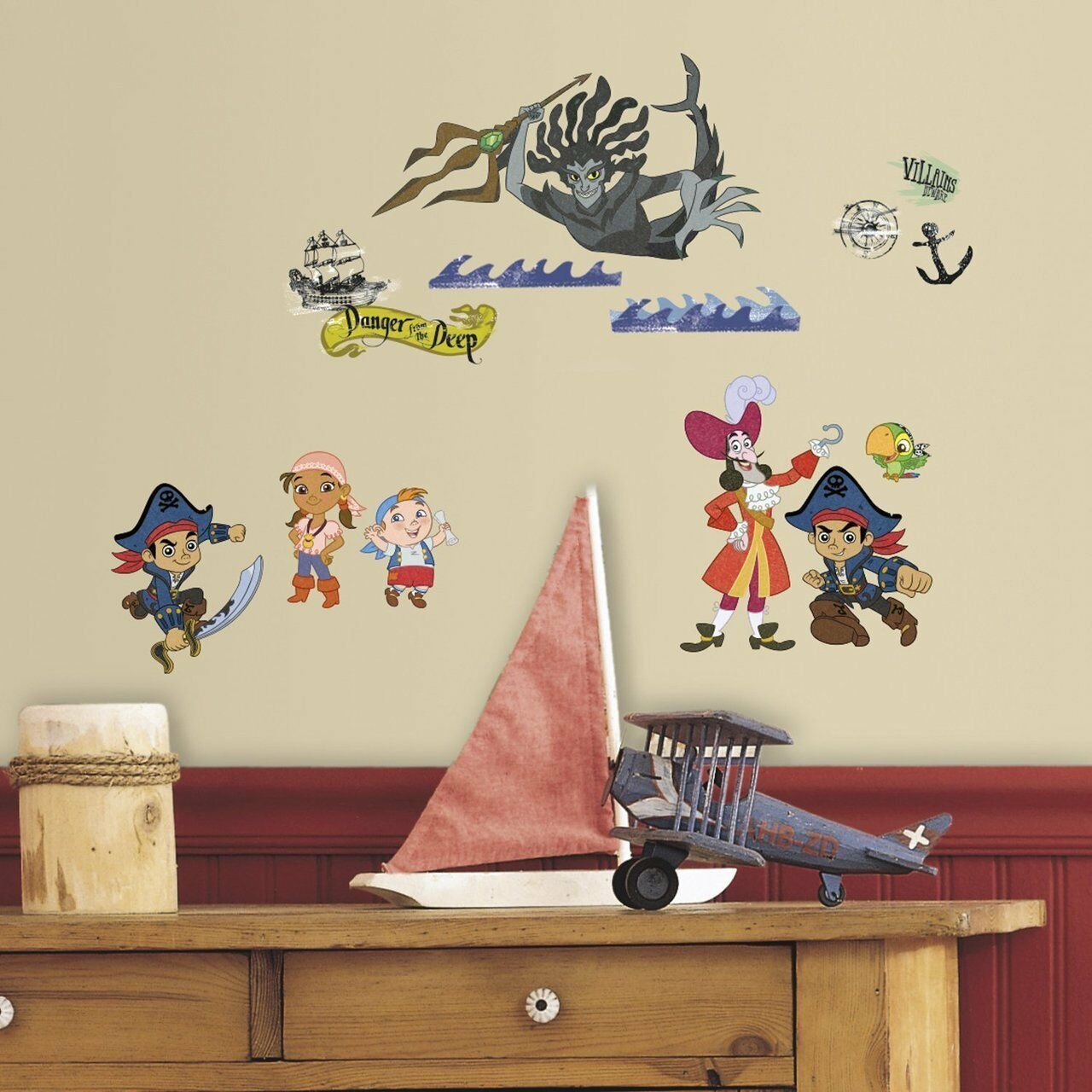 buy RoomMates RMK3028SCS Captain Jake & The Never Land Pirates ...