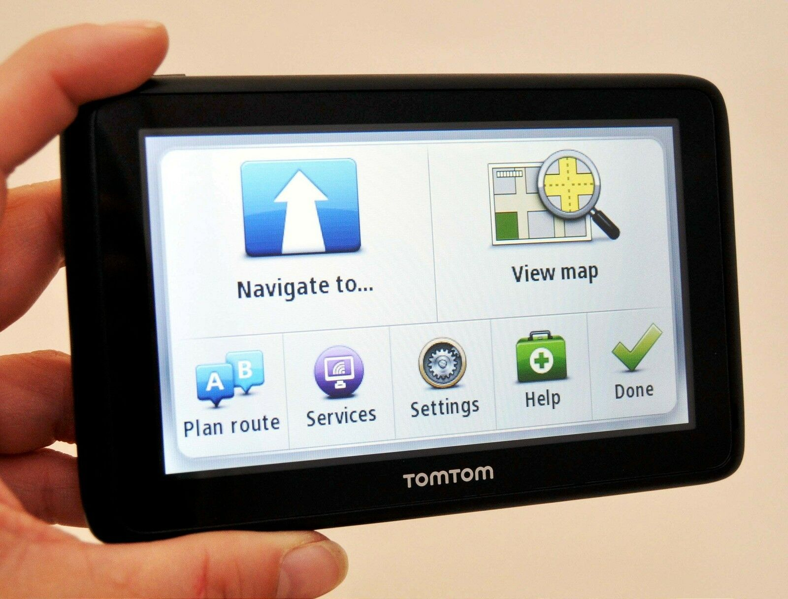 TomTom GO TM WTE US Canada Mexico Europe Automotive - Gps with europe and us maps