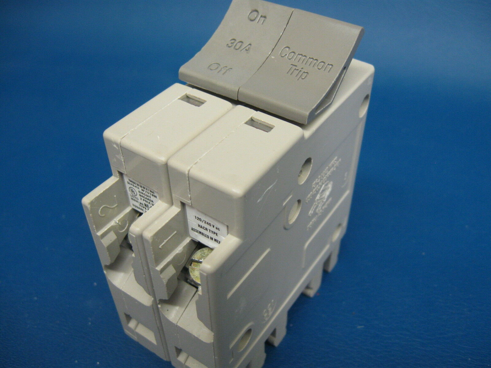30 Amp Square D Trilliant Double Or 2 Pole Type Sdt230 Breaker 30a Used Circuit Breakers Ge Sgda32at0400 400 3 Item 6 Nice