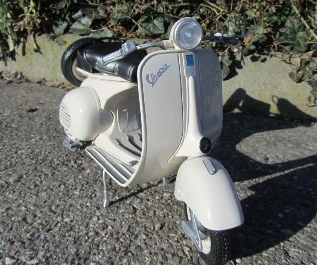 "Standmodell Vespa 1:6 30cm 150 VL1T Jahr 1955 ""Hohe Qualität"" 49273"