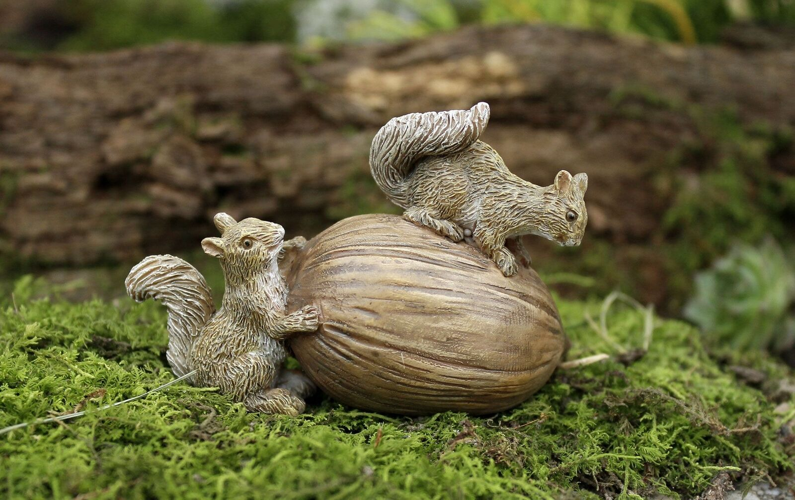 Miniature Fairy Garden Squirrels Delight Dollhouse Gnome Hobbit Mg51 ...