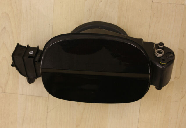 FORD MONDEO MK4 FUEL PETROL DIESEL CAP FLAP PANTHER BLACK WITH MOTOR 2007-2014