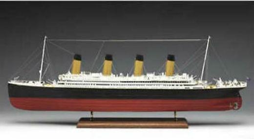 Amati RMS Titanic Classic Series Ship Model Kit White Star - Cruise ship model kits