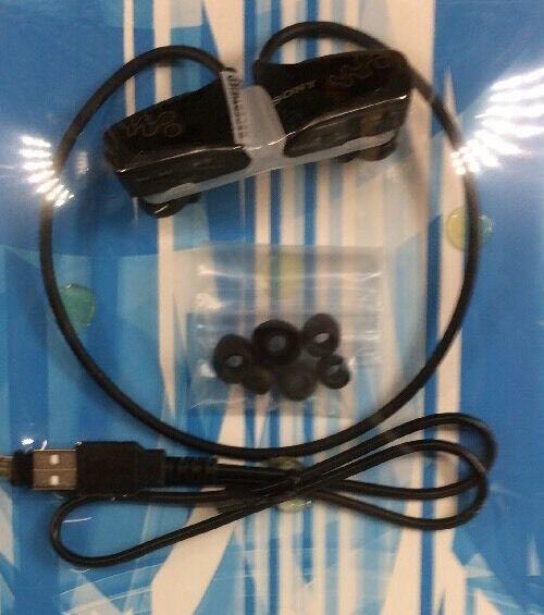 Sony NWZ-W262 Water Resistant Flash MP3 Player ~ BLACK (2GB) (i4)