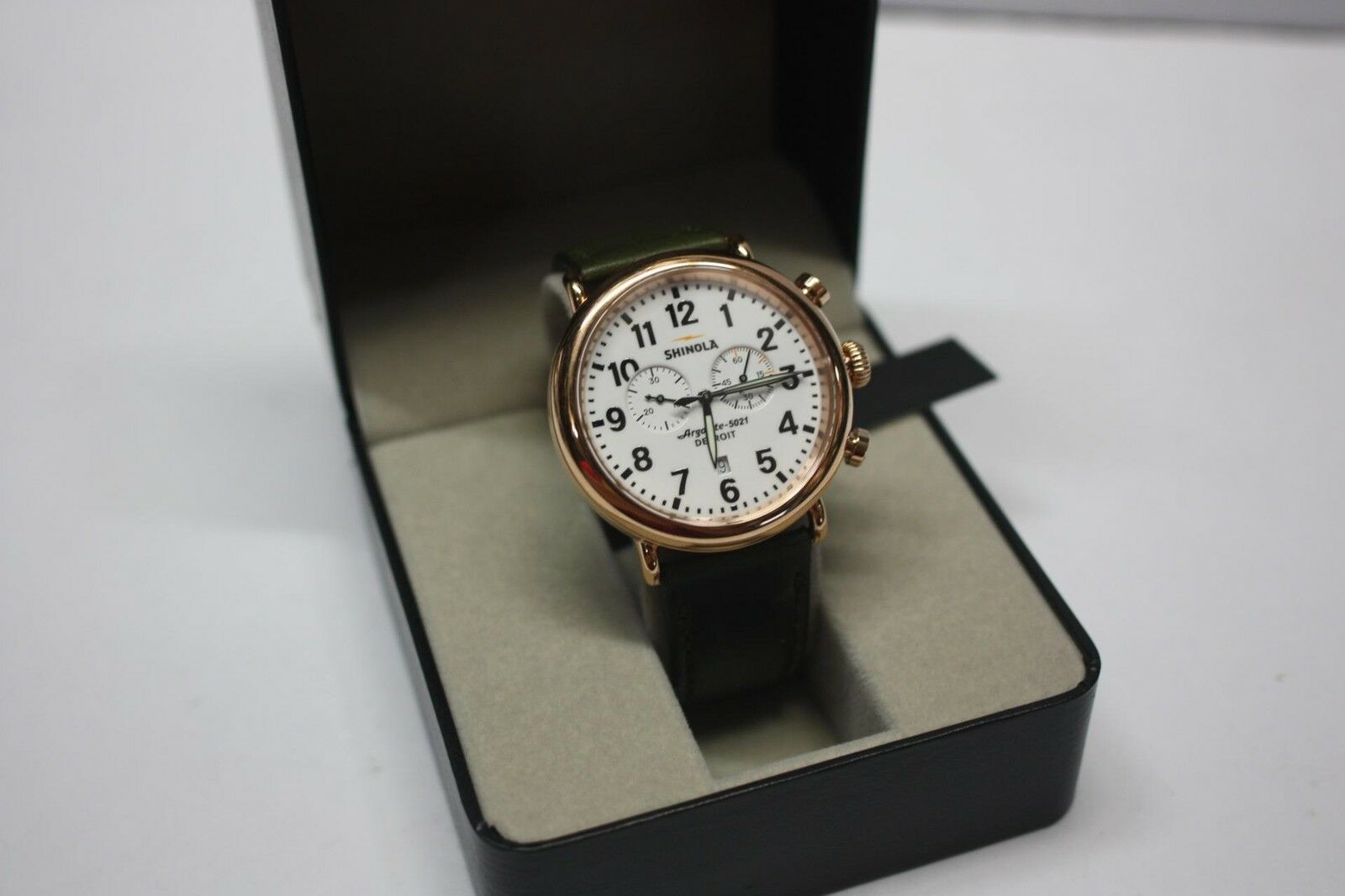 watch picture runwell rosegold dial chronograph p shinola of white watches s pvd