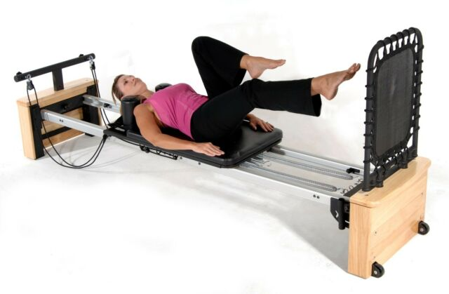 Stamina Aeropilates Pro Xp557 55 5557b A Studio Pilates Reformer For Home