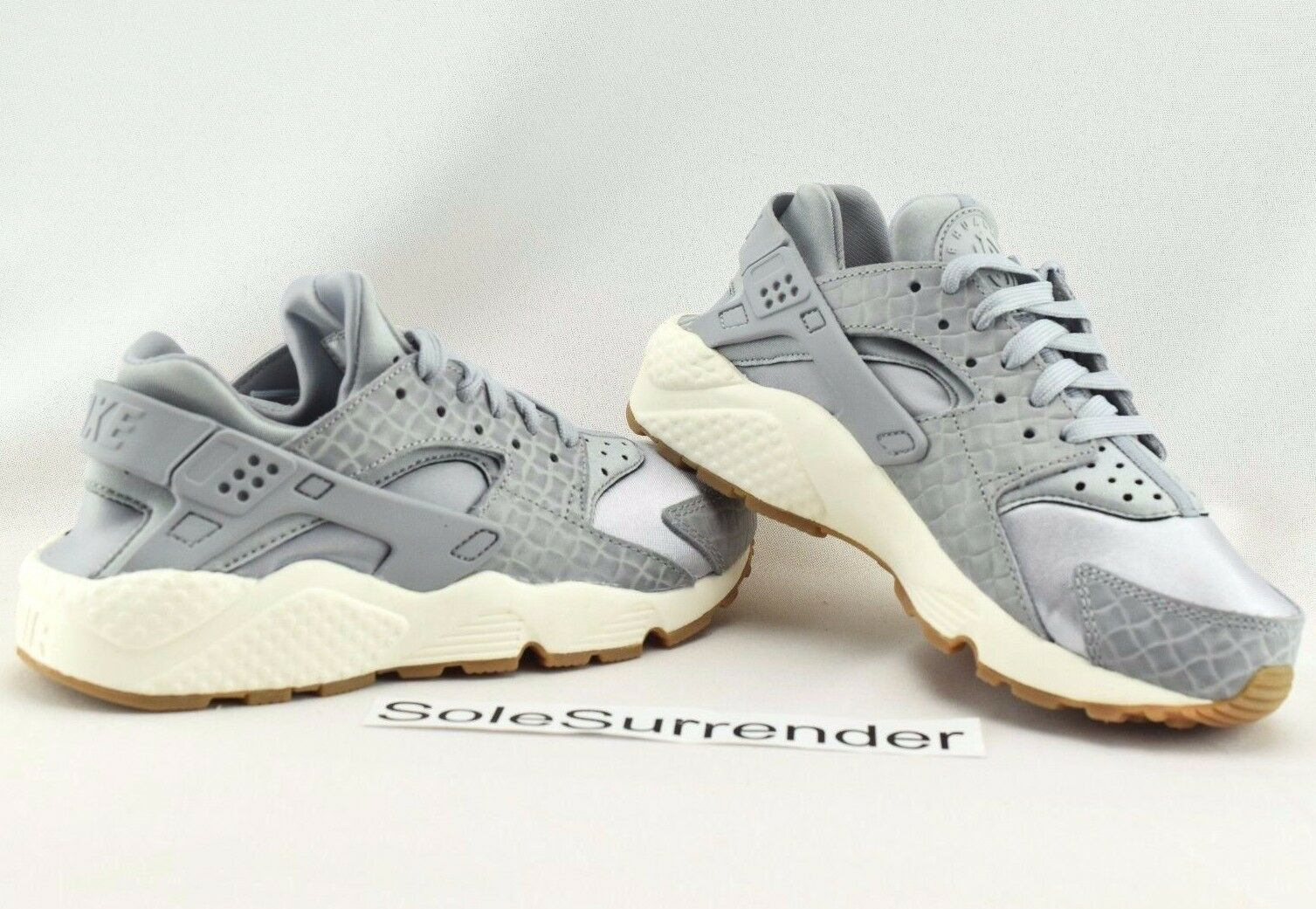Nike Wmns Air Huarache Run PRM Premium Grey Gum Running shoes 683818-012