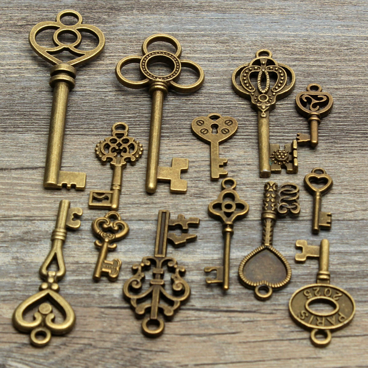 13 assorted antique vintage vtg old look skeleton keys bronze picture 1 of 6 mozeypictures Gallery