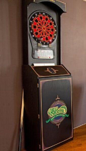 Arachnid Arcade Cabinet with CP650 Electronic Dartboard   eBay