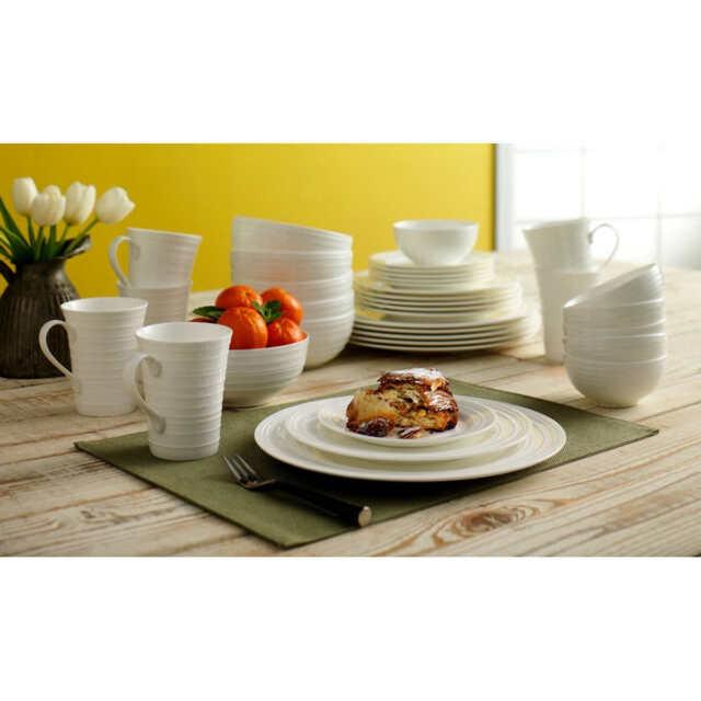 [No Tax] Mikasa Swirl White 36-piece Bone China Dinnerware Set  sc 1 st  eBay & Mikasa Swirl White 36piece Bone China Dinnerware Set | eBay