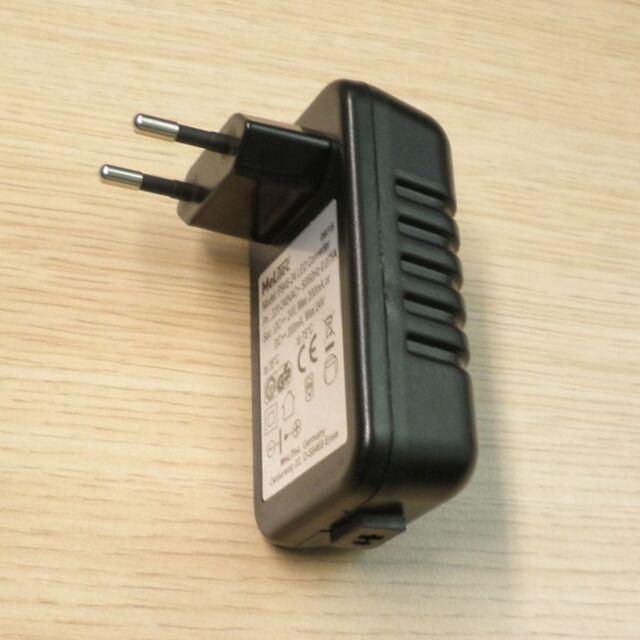 melitec steckertrafo 24v schwarz mit ls buchse led netzteil ebay. Black Bedroom Furniture Sets. Home Design Ideas