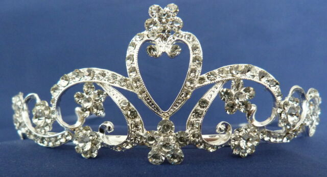 CRYSTAL TIARA - T221 - IDEAL FOR WEDDINGS, PROMS, CELEBRATIONS ETC.