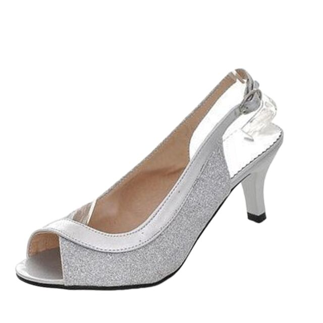 Ladies size 2 (size 35) Silver. Heels.