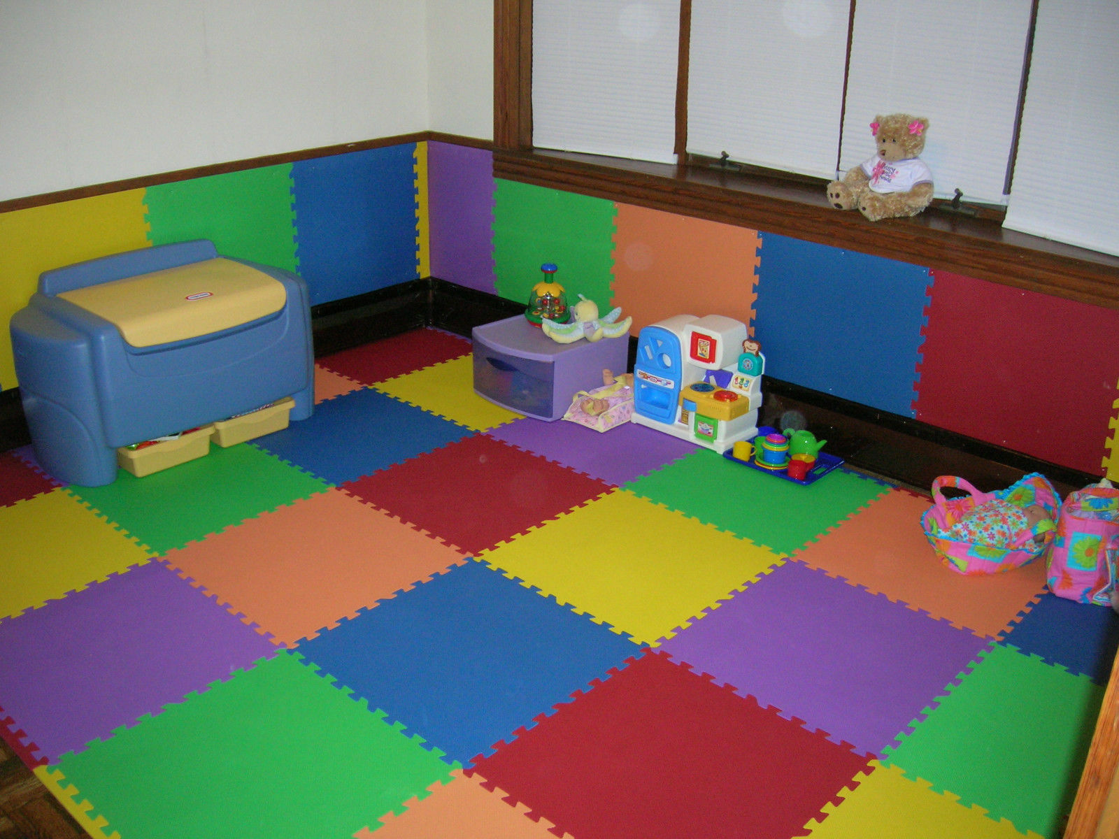 Foam puzzle floor mat xl large pieces gym play area garage playroom 2 dailygadgetfo Image collections