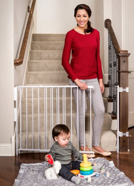 Regalo Extra Tall Top Of Stairs Gate With Banister And Wall Mounting Kits  34 .