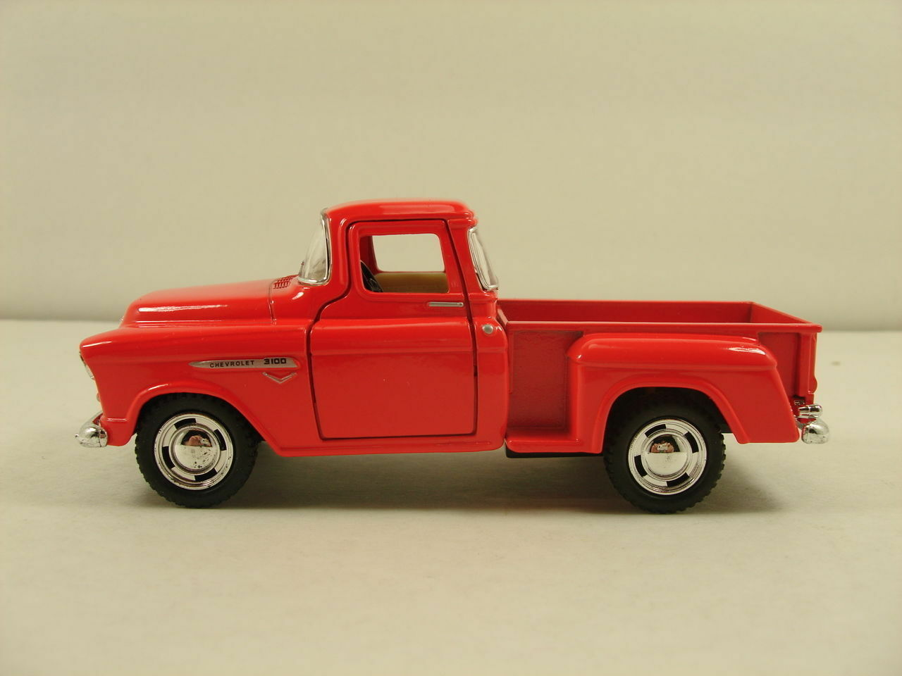 1955 Chevy Pickup Truck Diecast Model Car Chevrolet Stepside 1 32 ...