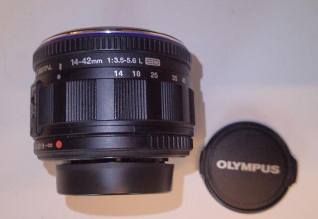 Olympus M.Zuiko EZ-M1442-2 14-42mm f/3.5-5.6 Micro Four Thirds Lens