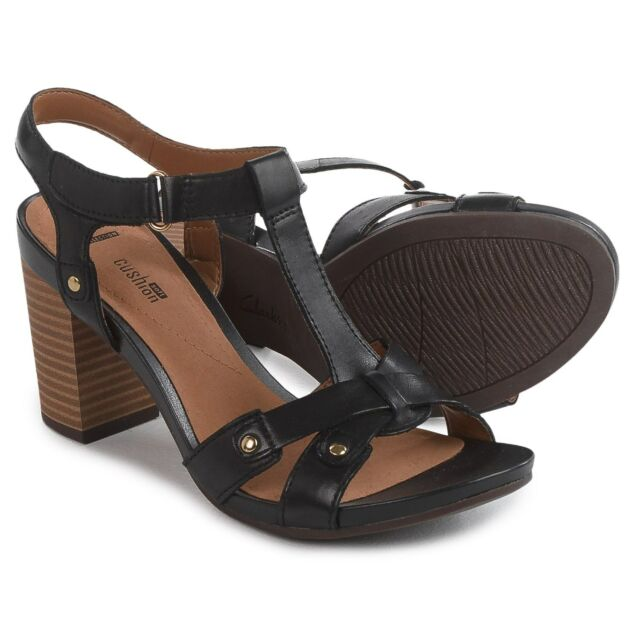 Women's Clarks Banoy Valtina Sandals Black Leather