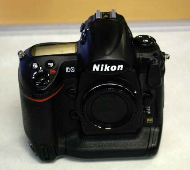 Nikon D3 12.1MP Digital SLR Camera - (Body only) HIGH SHUTTER COUNT